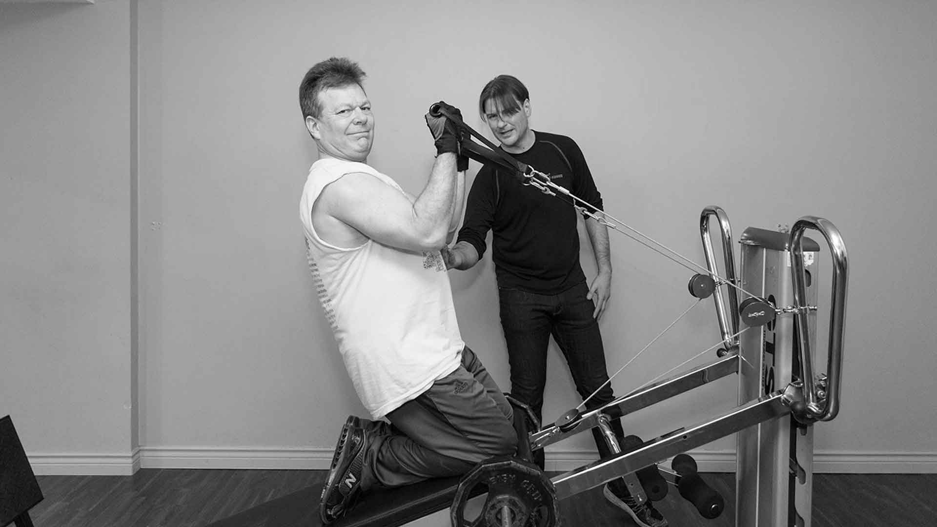 Increase strength with a personal trainer in Vancouver