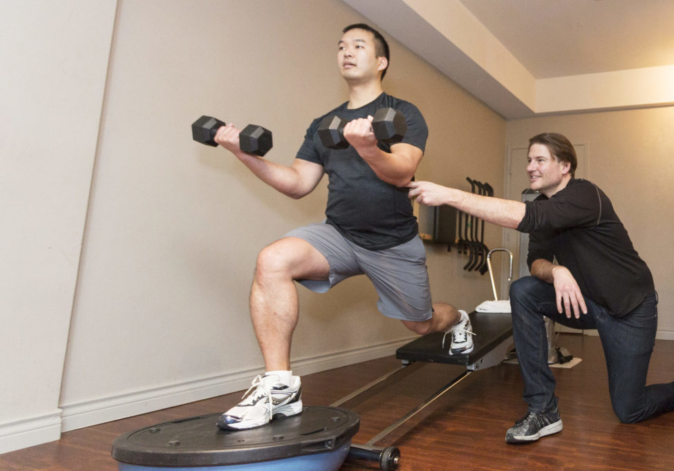 lungee-benefit-full-bodyweight-exercises-scaled